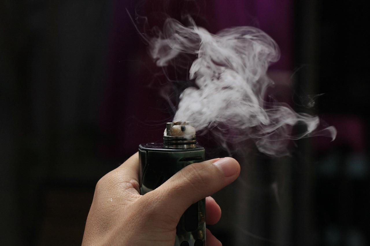 Senator Leading Australia's Vaping Inquiry Quit Smoking With E-Cigs
